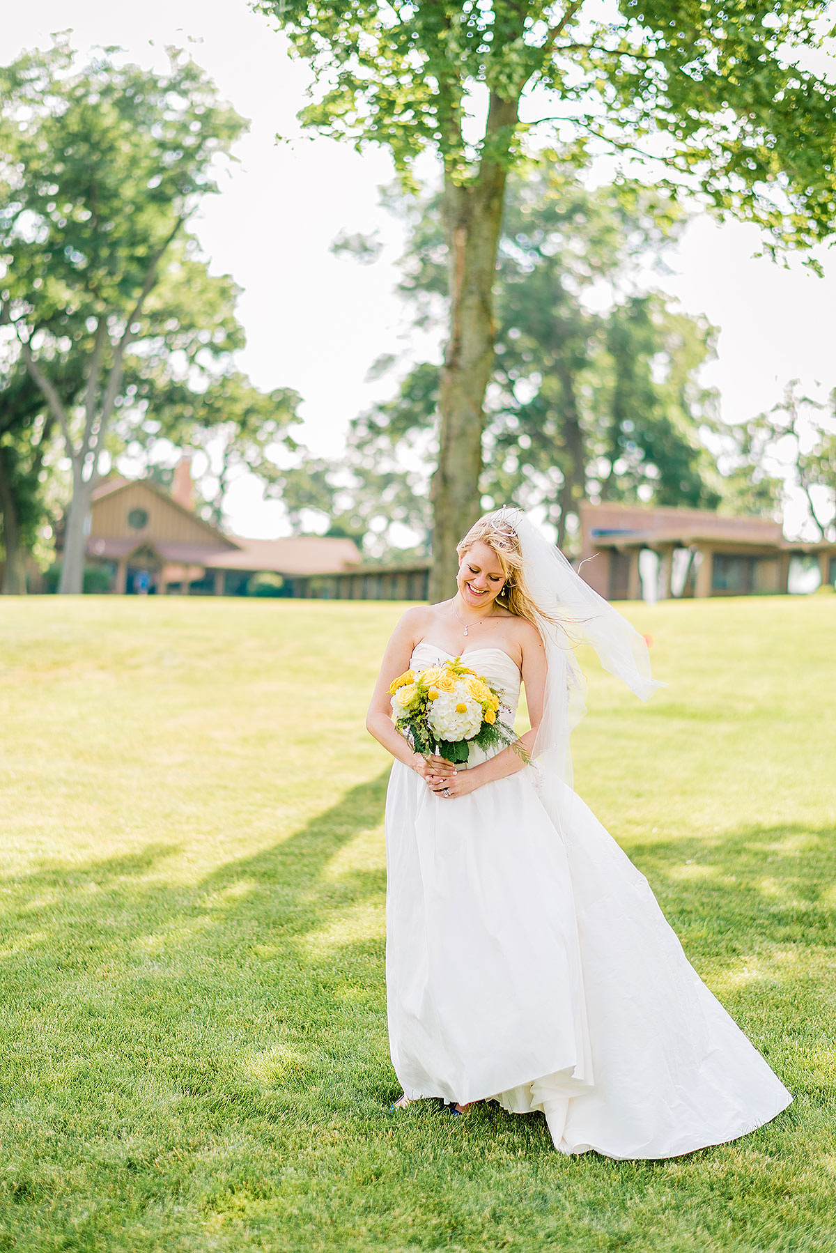 Lake Lawn Resort Wedding by Washington DC Wedding Photographer Adam Mason