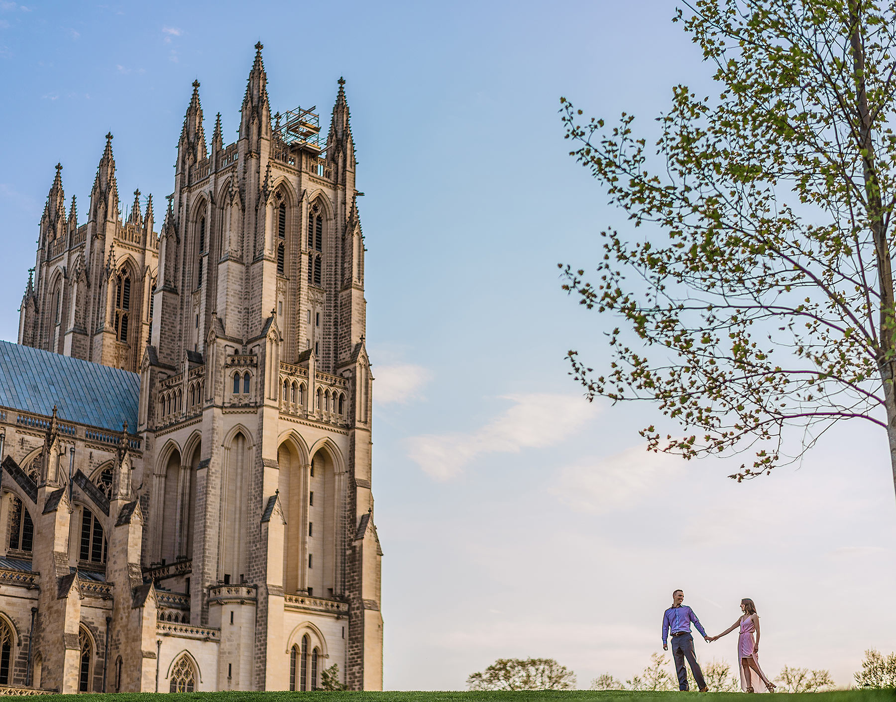 engagement session at the national cathedral